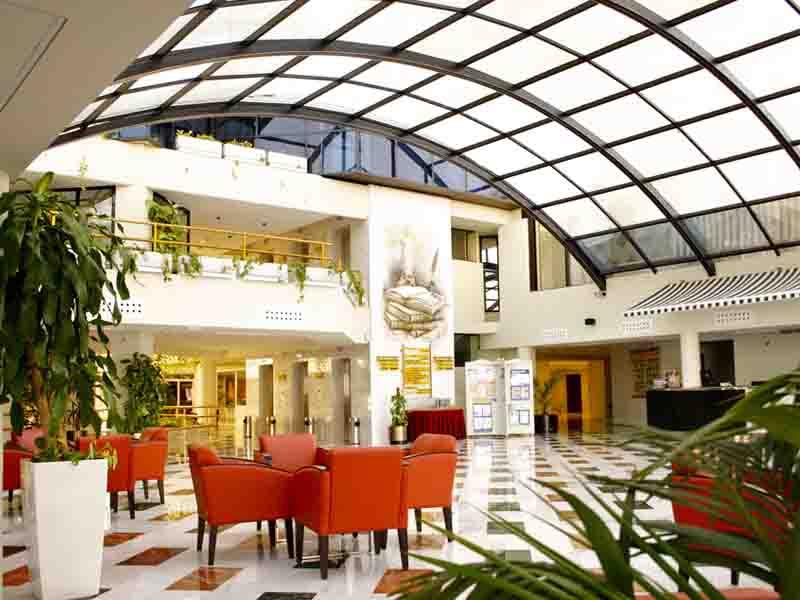 4-stars-hall-hotel